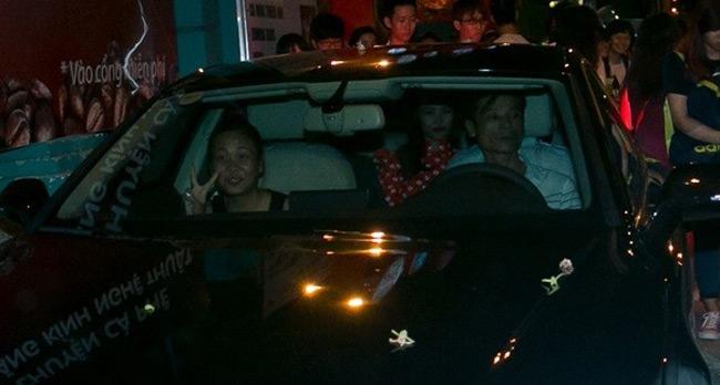 Chiếc xe này được Đông Nhi mua vào năm 2015 và là chiếc xe duy nhất tại Việt Nam vào thời điểm đó.