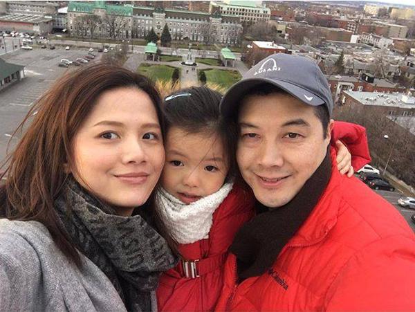 Vợ chồng nữ diễn viên Bỗng dưng muốn khóc thường xuyên đưa con gái đi du lịch để bé khám phá cuộc sống xung quanh.