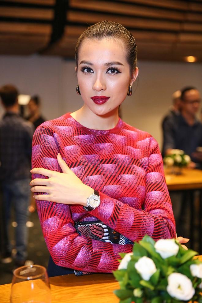 Á hậu Hoàn vũ Việt Nam 2015 Lệ Hằng. Hiện tại, cô dồn sức chuẩn bị cho đấu trường nhan sắc Miss Universe mà mình tham gia vào cuối năm nay.