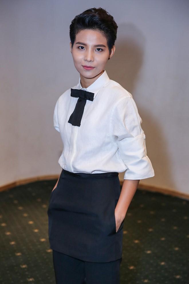 Mặc dù khá bận rộn với vai trò huấn luyện viên tại The Voice Kids 2016, ca/nhạc sĩ Vũ Cát Tường vẫn có mặt để tham dự sự kiện.