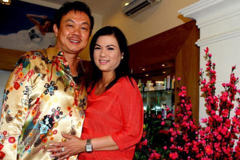 Phương Loan là hậu phương vững chắc cho chồng phấn đấu sự nghiệp