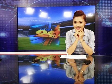 BTV Thanh Huyền được biết đến với khả năng dẫn chương trình truyền cảm, cuốn hút.