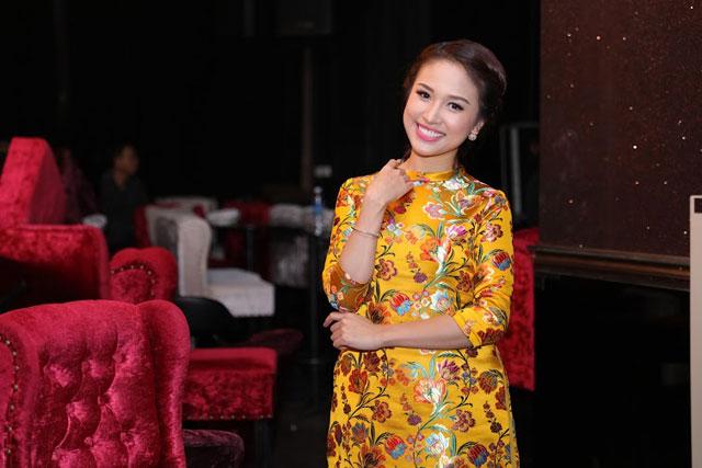 Và MC Thanh Vân Hugo xinh đẹp.