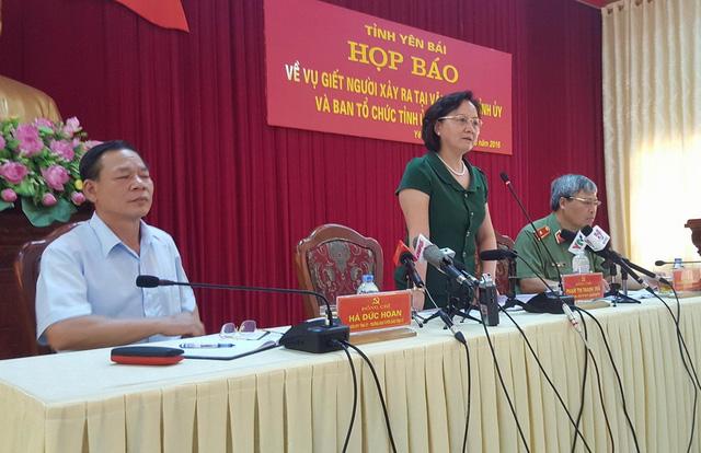 Bà Phạm Thị Thanh Trà, Chủ tịch UBND tỉnh Yên Bái chủ trì buổi họp báo. Ảnh: Cao Tuân