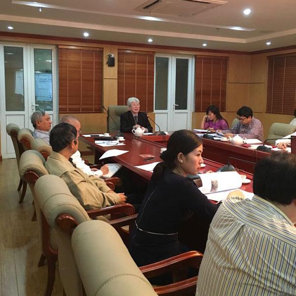 GS. Nguyễn Đình Cử chủ trì tọa đàm về truyền thông dân số sau kết luận 119/KL-TW.