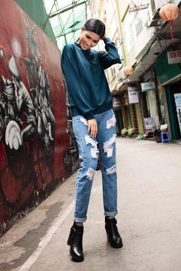 Bạn trai Trang Lạ vẫn ưu tiên cho cô làm song song cả việc kinh doanh và thời trang .