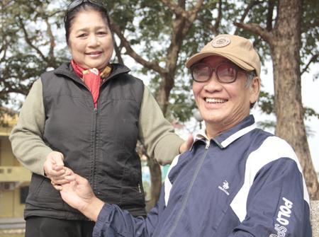 Nghệ sĩ Kim Xuyến và chồng