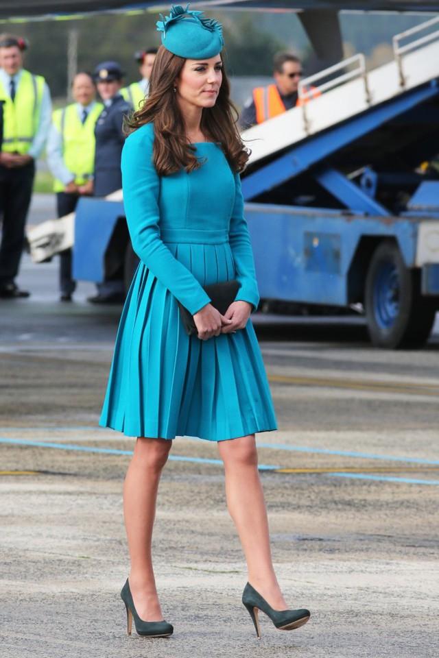 Chính phong cách thời trang của công nương Kate đã góp phần thúc đẩy cho sự phát triển của các thương hiệu thời trang cao cấp của Anh, giúp chúng vươn ra thế giới.