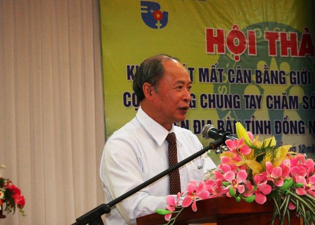 Phó Tổng cục trưởng Nguyễn Văn Tân đã lên tiếng cảnh báo số nam giới Việt không còn cơ hội cưới vợ vào năm 2045 nếu tình trạng mất cân bằng giới tính khi sinh không được kiểm soát hiệu quả.