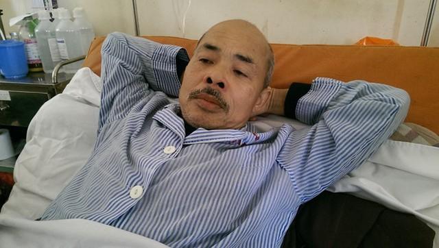 Nghệ sĩ Hán Văn Tình từng chiến đấu với bệnh ung thư phổi.