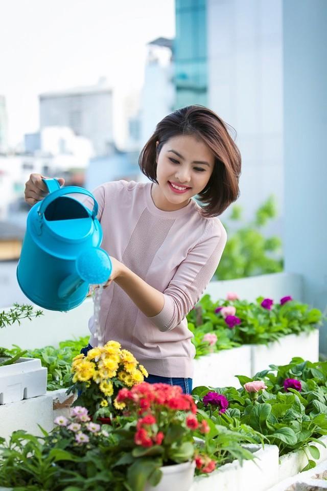 Vân Trang cảm thấy may mắn khi người yêu có nhiều điểm tương đồng với ba.