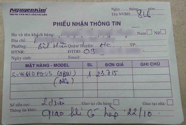 Phiếu nhận tiền cọc và ngày giao hàng mà các nhân viên Nguyễn Kim Đà Nẵng hứa với khách hàng, nhưng họ đã không thực hiện đúng. Ảnh Đức Hoàng