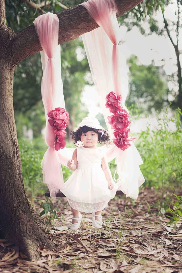 Theo như chia sẻ của Lý Hải, Sunny tỏ ra có năng khiếu nghệ thuật sớm khi thường xuyên nhún nhảy mỗi lần nghe thấy tiếng nhạc.