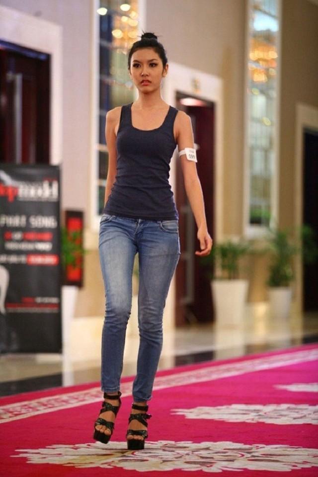 Thần may mắn không mỉm cười với Thúy Vân ở cuộc thi Vietnam Next Top Model 2012