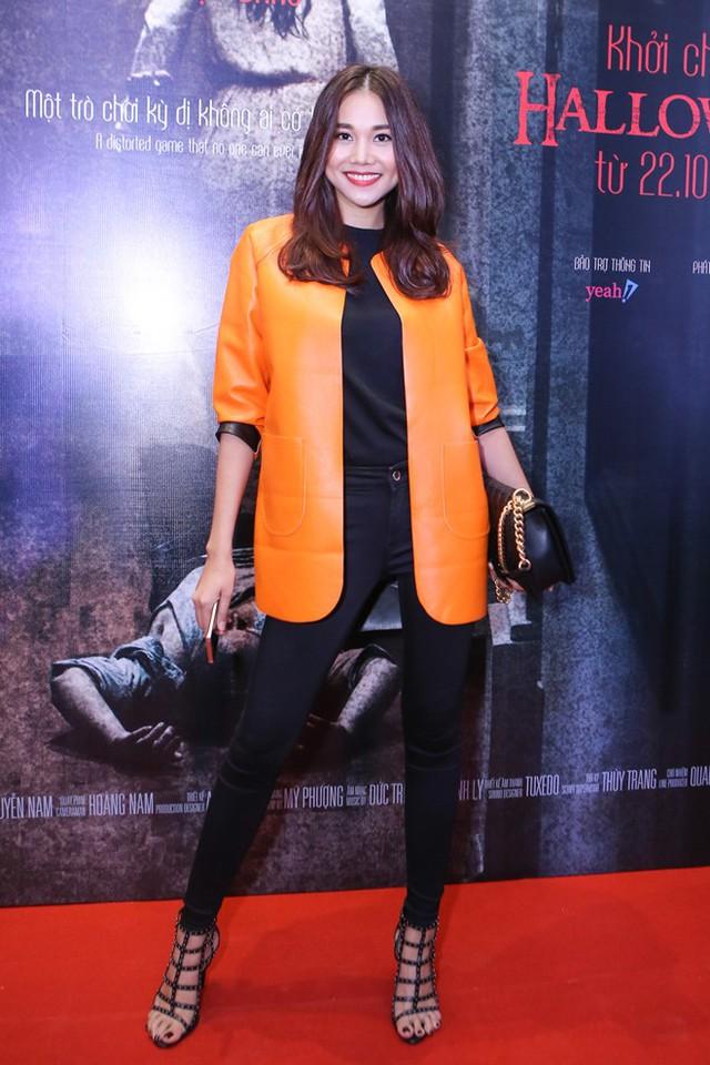 Thanh Hằng có mối lương duyên đặc biệt với Vũ Ngọc Đãng. Bộ phim đầu tiên đưa cô đến với điện ảnh - Những cô gái chân dài là tác phẩm của vị đạo diễn đầu trọc.