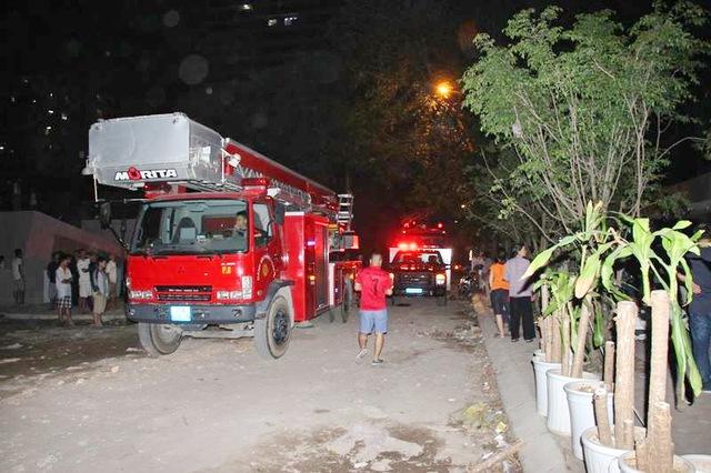 Xe của đơn vị PCCC đến hiện trường sau khi có người gọi cứu hộ