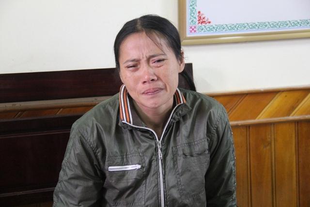 Chị Thanh khóc nghẹn khi nhắc tới tên chồng