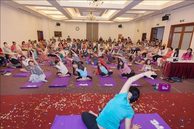 Bài tập Yoga cho mẹ Bầu & Bé khỏe mạnh
