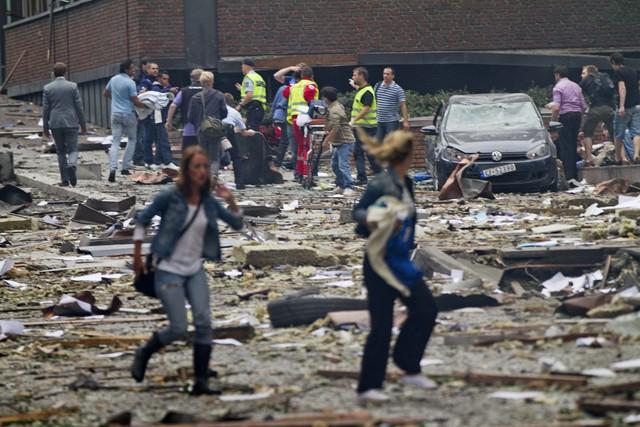 Đống đổ nát sau vụ tấn công