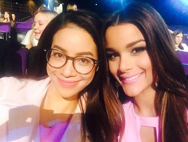 Đại diện Việt Nam bên người bạn thân - Hoa hậu Cộng hòa Dominica