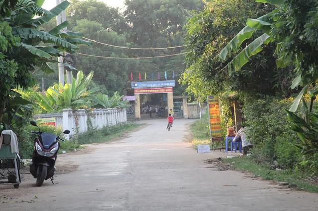 Trường THCS Nhân Đạo, nơi một giáo viên bắt học sinh súc miệng nước xà phòng