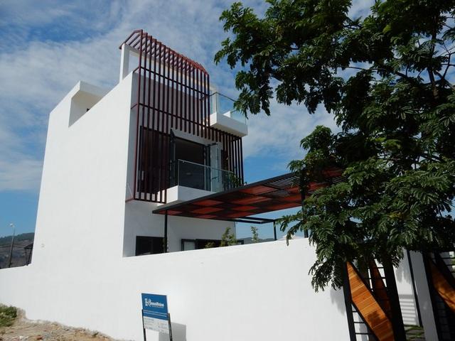 Lần đầu tiên ở phố biển Đà Nẵng xuất hiện nhà phố thông minh Aurora Smart. Đây là mô hình nhà ở kiểu mới theo phong cách hiện đại xanh – đa năng – thông minh phù hợp với xu thế nhà ở hiện nay. Ảnh: Đức Hoàng