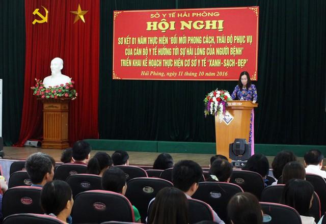 TS Phạm Thu Xanh - Giám đốc Sở Y tế TP Hải Phòng báo cáo tại hội nghị. Ảnh: ĐB
