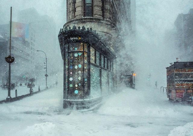 Trong cơn bão tuyết - New York, Hoa Kỳ.