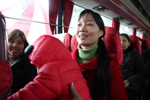 Nụ cười rạng ngời khi chuẩn bị được về đón tết cùng người thân