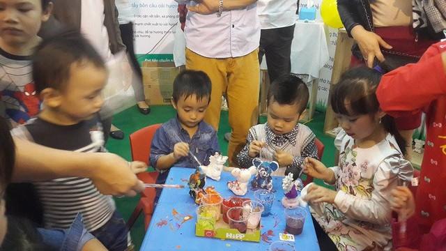 Các trò chơi vận động, sáng tạo thu hút trẻ nhỏ