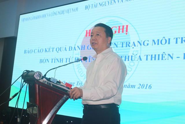 Ông Trần Hồng Hà - Bộ trưởng Bộ TNMT phát biểu tại hội nghị. Ảnh: Lê Chung