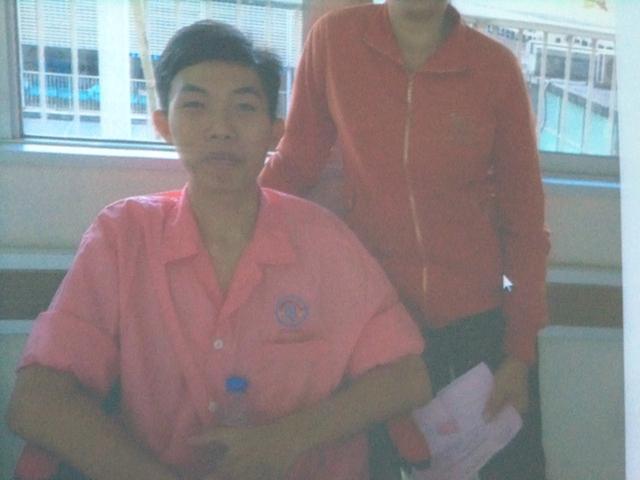 Sinh viên T., người đầu tiên tại Việt Nam mắc bệnh thoát dịch mao mạch hệ thống vô căn và đã được các chuyên gia BV Chợ Rẫy cứu sống.