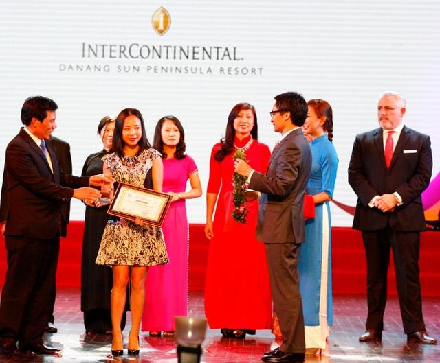 """Tổng Cục du lịch vinh danh InterContinental Danang Sun Peninsula Resort là """"Khách sạn 5 sao hàng đầu Việt Nam"""". Ảnh: Đ.H"""