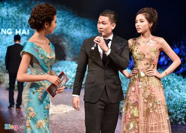 Anh được khen ngợi về ngoại hình chững trạc, tương xứng với Hoa hậu Việt Nam 2014. Ảnh: Bá Ngọc