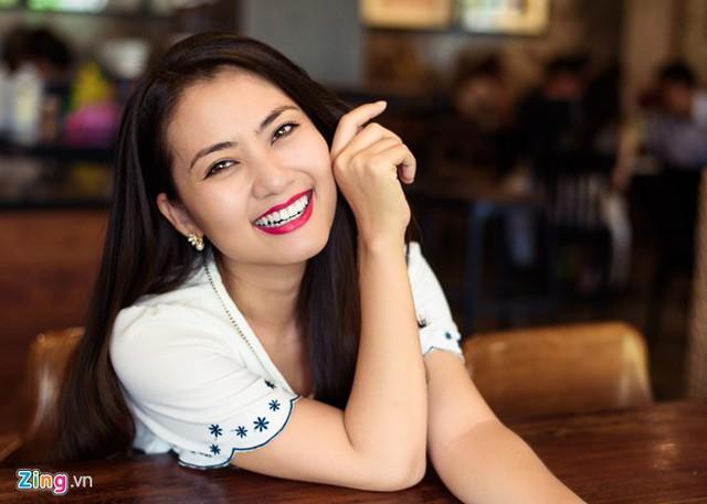 Nữ diễn viên hy vọng bộ phim Mặn hơn muối sẽ đoạt giải thưởng vì thương ê-kíp làm phim. Ảnh: Nguyễn Bá Ngọc