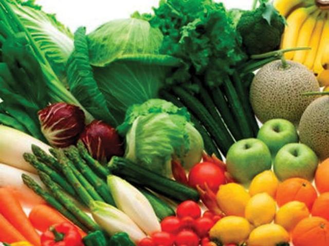 Các loại rau quả có màu đỏ, xanh thẫm rất tốt cho mắt. Ảnh:TL