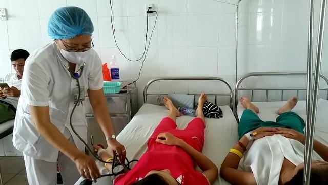 Một số bệnh nhân đang được điều trị tại BV Đà Nẵng. Ảnh: Đ.H