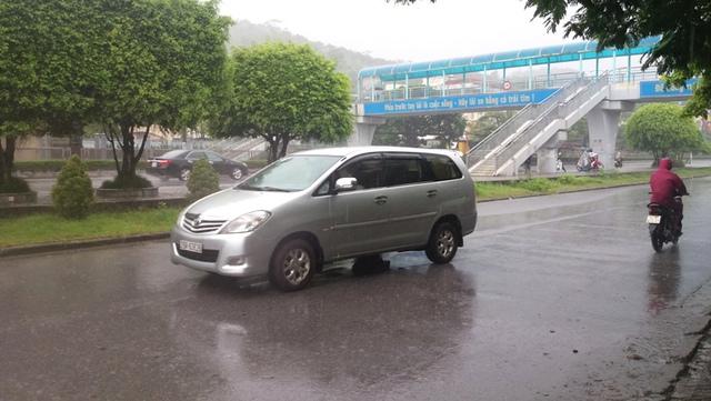 Khu vực đường Nguyễn Văn Cừ (TP. Hạ Long) xảy ra vụ truy đuổi. Ảnh: Đ. Tuỳ