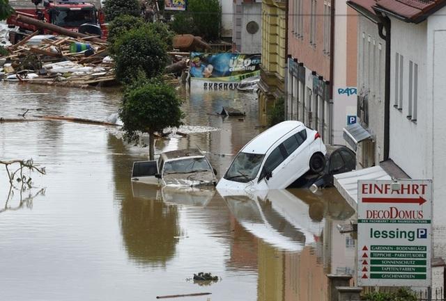 Đức cũng đang hứng chịu những thiệt hại nặng nề do mưa lũ.