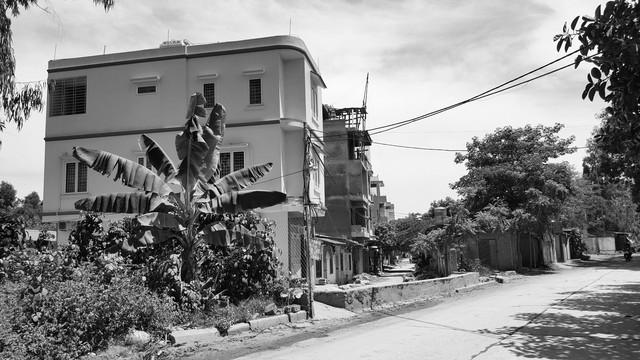 Hàng loạt ngôi nhà đang được xây mới trong Binh đoàn 12.