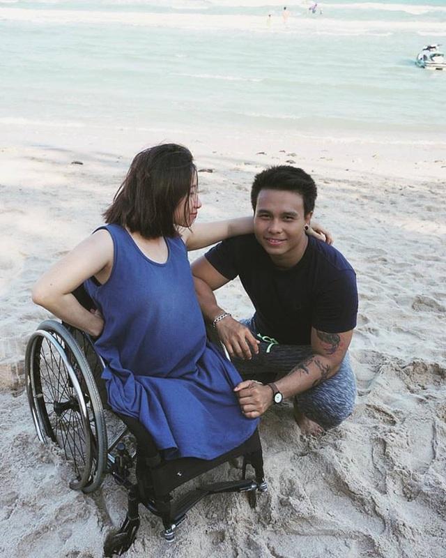 Hai người kết hôn và có một cuộc sống vô cùng hạnh phúc.