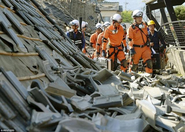 Hiện, 20.000 nhân viên cứu hộ đã được huy động để phục vụ công tác cứu trợ, cứu nạn.