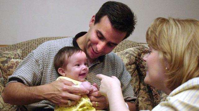 Bức ảnh chụp khi Samuel mới được 3 tháng tuổi.