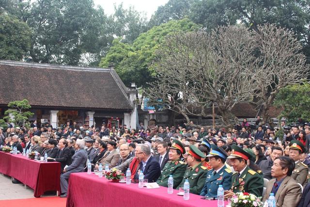 Nhiều nhà thơ nổi tiếng và các diễn giả có mặt tại hội thơ năm nay.
