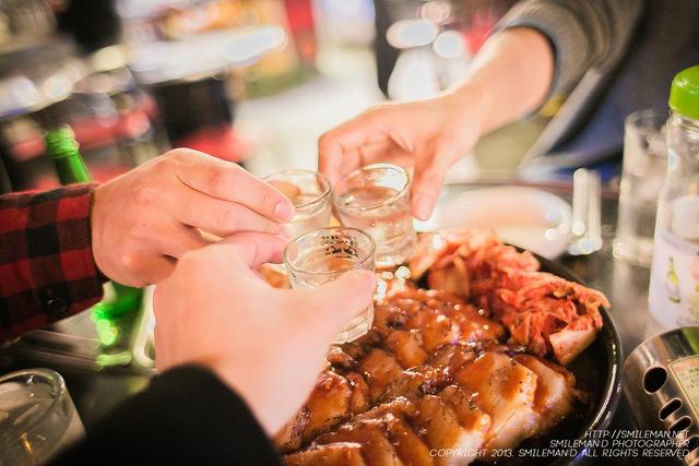 Cần xả độc cho gan sau khi uống rượu bia ngày Tết
