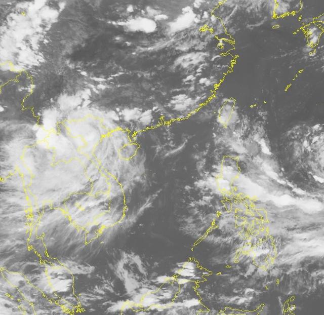 Bão số 3 đã suy yếu thành áp thấp nhiệt đới. Ảnh vệ tinh
