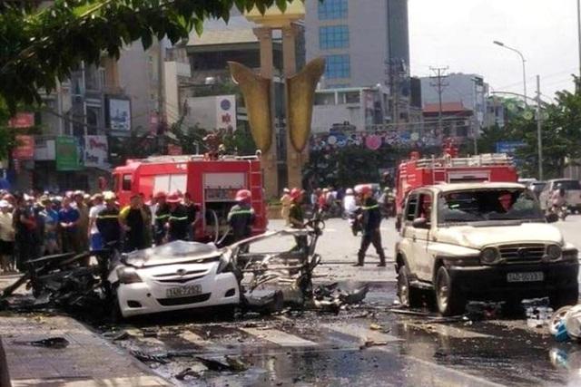 Hiện trường vụ nổ ô tô. Ảnh: CTV