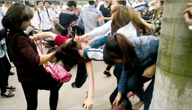 Ngày càng xuất hiện nhiều trường hợp học sinh đánh nhau, tự tử gây rúng động xã hội. Ảnh minh họa: TL