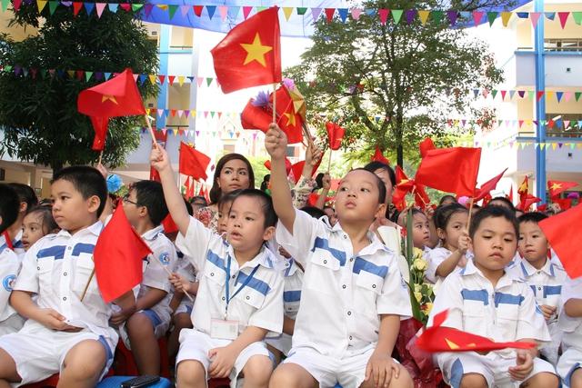 Khai giảng năm học mới tại nhiều trường học Hà Nội sẽ dành thời gian để ôn lại truyền thống lịch sử, hướng về biển đảo.  Ảnh minh họa: Chí Cường
