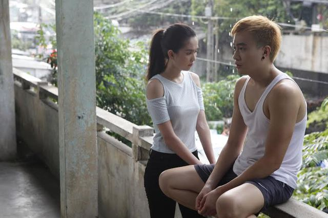 Lương Mạnh Hải và Ngọc Trinh trong một cảnh quay (ảnh nhân vật cung cấp).